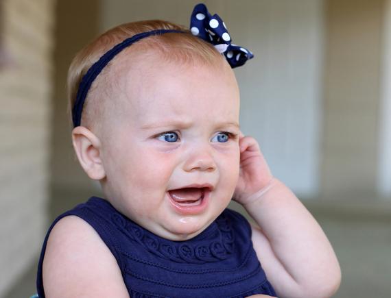 Если болит ухо у ребенка что делать в домашних условиях?.