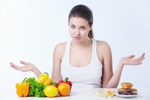 Почему хочется есть перед месячными