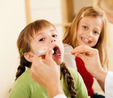 Лечение фарингита у детей в домашних условиях.
