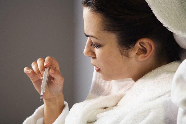 Что делать если болит голова и температура