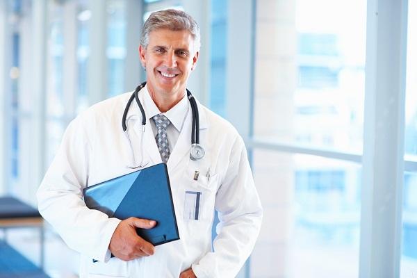К какому врачу обращаться при сотрясении мозга