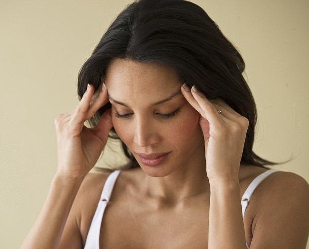 Лечение головной боли над бровями
